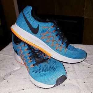 NIKE AIR ZOOM PEGASUS 32 KNIT ATHLETIC SNEAKERS